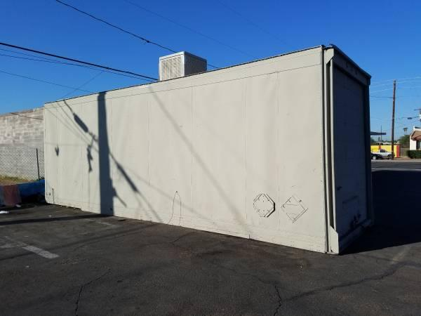 Shipping  Storage Container 28 x10 x9  evapcool and refrigeratio