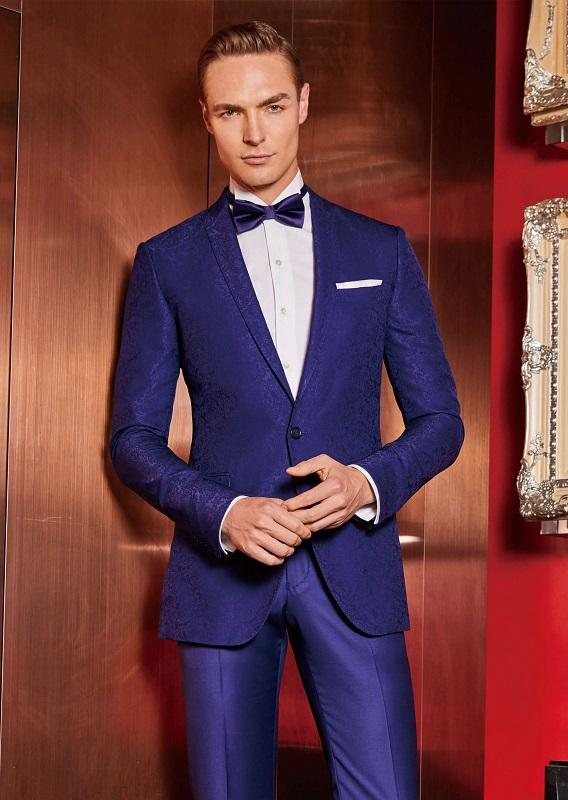 Browse Through a Stylish Collection of Suits in Melbourne