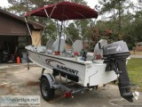 16 Ft V-Bottom Alumacraft BoatMotor Trailer
