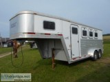 Exiss XT  Limited  Horse Trailer
