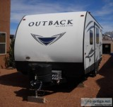 By Owner 2018 26 ft. Keystone Outback Ultra Lite 220 URB w slide